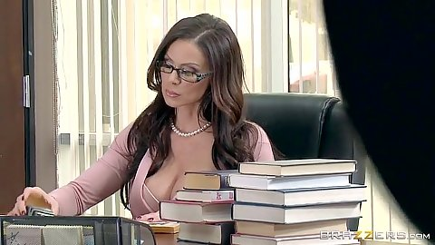 Silly teacher milf Kendra Lust gets eaten while checking homework