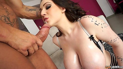 Intimate huge knockers cock sucking and titty fuck with Harmony Reigns