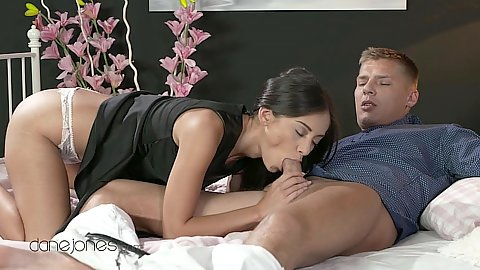 Shrima sucking off Thomas in erotic couples sex