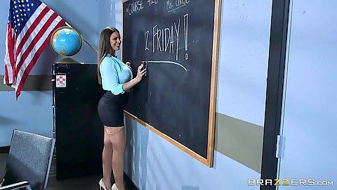 Classroom milf teacher Brooklyn Chase needs a lay on her desk