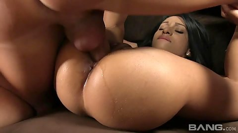 Raised legs young and tight cunt pumping again and again for Nadia Valdez