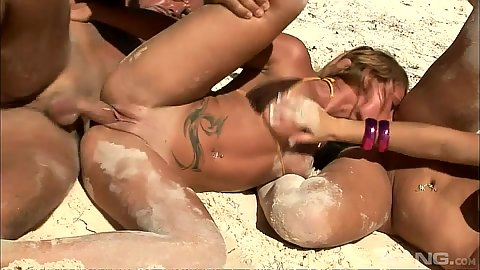 Beach fuck with sand flying all over the place with jolly girls Tori and Kathia Nobili