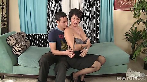 Corrupt big boobs milf Shay Fox takes off bra and sucks cock