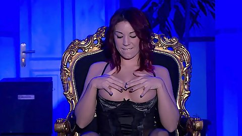 Solo glamcore queen chair Natalie Hot