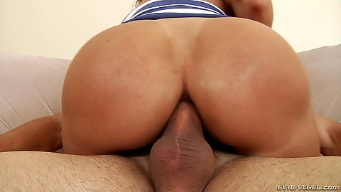 Super hot milf wife Francesca Le anal cowgirl riding shaft
