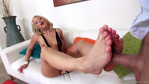 Footjob with surprise birthday milf Anikka Albrite