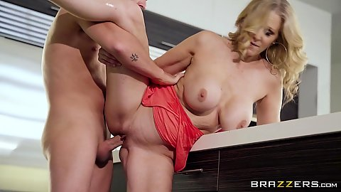 Kitchen standing fuck with hairless snatch milf Julia Ann 1 on 1