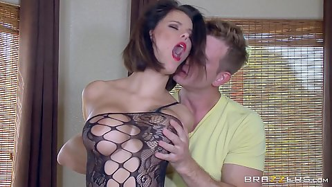 Fishnet brunette babe Peta Jensen loves to be groped