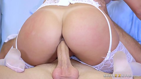 Nice round butt female doctor sitting on patients cock Lily Love