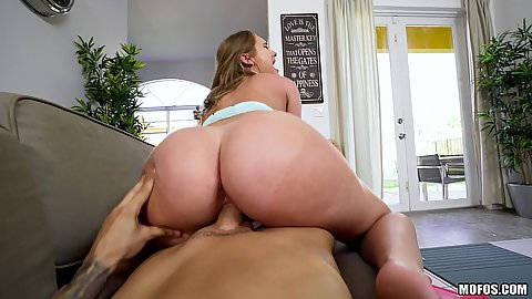 Pov bubble butt cheating gf providing pussy fuck service Daisy Stone