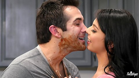 Kissing and sucking it off during food fight fuck Gina Valentina