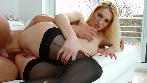 Anal sideways drilling of hungry for lust Luna Melba