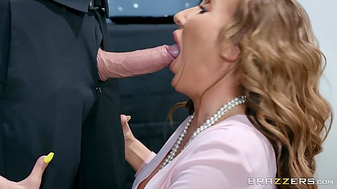 Richelle Ryan opening wide to receive dick from suit