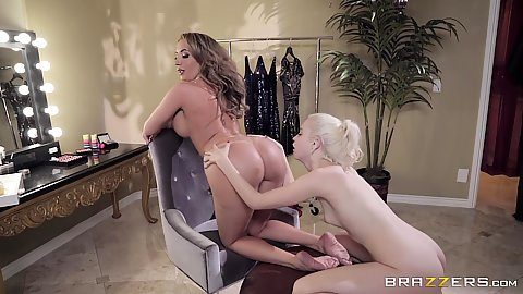 Richelle Ryan and Chloe Cherry in two models screwing around in greenroom