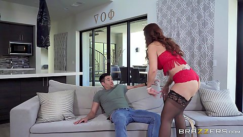 Lingerie tender milf Syren De Mer offering nice surprise
