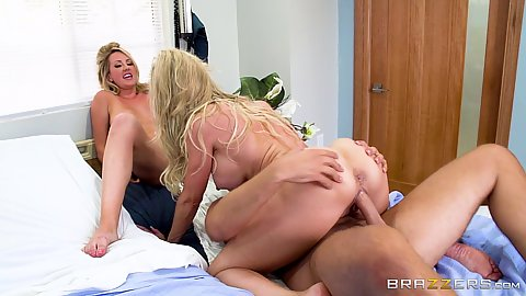 Cowgirl hospital pumping with Brandi Love and Brett Rossi the other eating one ass