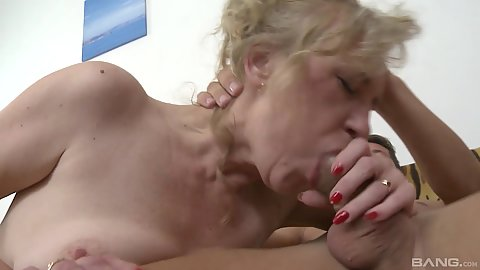 Dick blowing oral sex with all natural hairless granny slut
