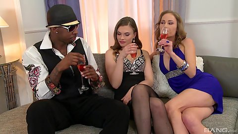 Two white girls in for interracial threesome with Johane Johansson and Rady Su
