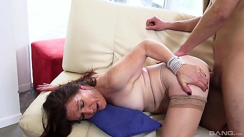 Brunette mature Dana fucked from behind in aging pussy