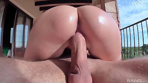 Round ass college girl oiled and shiny sits on shaft