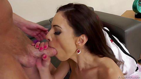 Deep throat service milf brunette Eva Long then puts legs up for frontal pentration