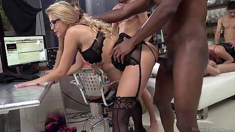 Joanna Bujoli and Malena with Carolina Vogue standing banging liveshow orgy interracial in lingerie