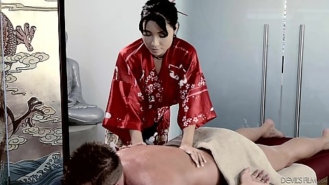Bombshell asian massage from Rina Ellis rubbing her male client and then touching his dick