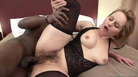 Stockings white milf Magda is fleshy hairy and all ntural and gets a natural bbc in pussy