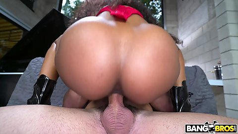 Pussy on cock sitting and making some noise with inviting Demi Sutra 1 on 1