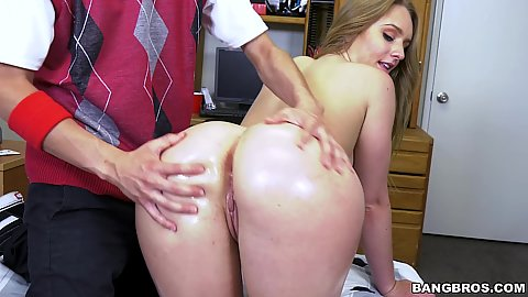 College campus tour by our volunteering nice ass student Daisy Stone but she likes to fuck those freshman