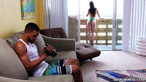 Aidra Fox is on vacation but her bf just wants his camera to work and we know why
