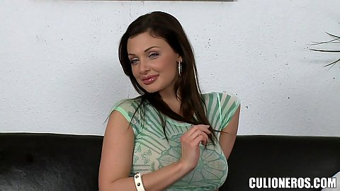 Super brunette babe solo doing her fake audition Aletta Ocean everyone knows she is a pornstars but she likes to play around