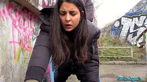 Stacy Sommers thinks she can reach her climax during this public outdoor pumping we initiated for some cash