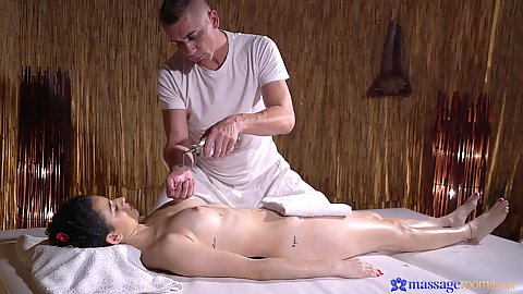 Sensual oily and slippery massage with petite Spanish Mia Navarro turning around so to that her boobs are oiled too in cmnf