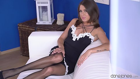 Lingerie from jawdropping housewife Sandra Wellness fucking around with the window cleaner