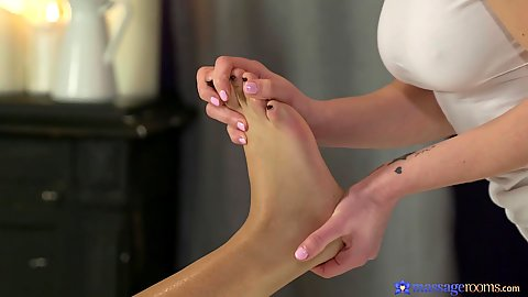 Feet with oil gentle massage for girl on girl Esperanza Del Horno and Emylia Argan