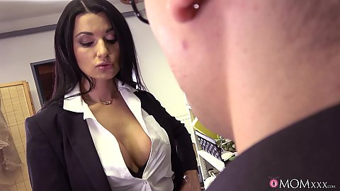 Cleavage showing Polish stepmom milf Ania Kinski is a pure babe and she sits on thsi boys face
