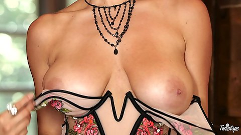 Milf exposes her solo natural breasts goes down on the floor to toy her hole