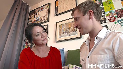 Stepmom milf and this boy about to do something dirty and her name is Heidemarie