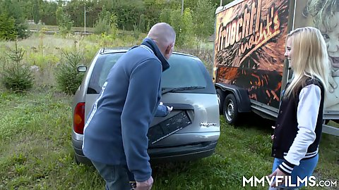 Public blondie Ashlee Cox going to her local car dealership to get a new junky car and sucks car sales man dude