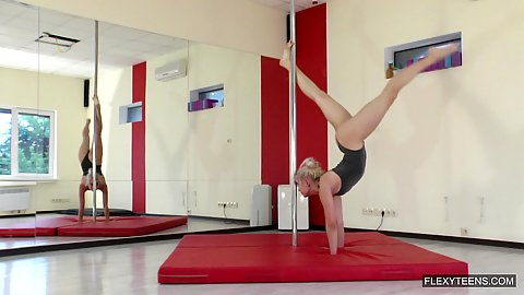 Pole dancing gymnast Dora Tornaszkova acrobat like no other