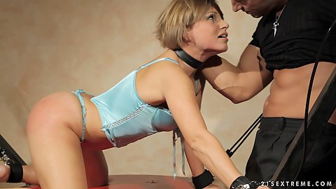Rough punishment and throat drillign with milf in a dog collar and bondage to bed with legs open Szilvia Lauren