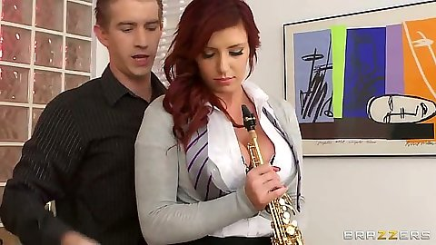 Big tits Yuffie Yulan in teacher and student music class