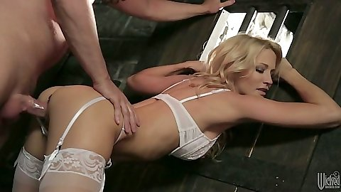 Bras and panties blonde babe milf fucked with panties aside jessica drake