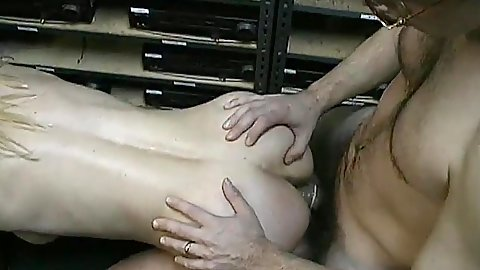 Amateur from behind fuck in storage room with mature Heather