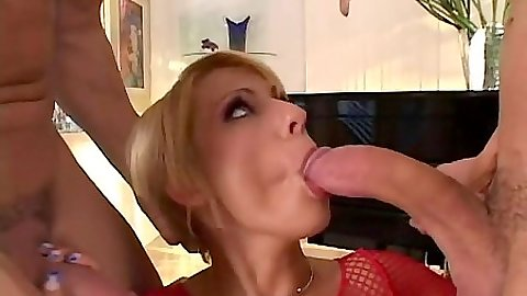 Sucking a big dick and standing fuck in 2 on 1 Amber Wild