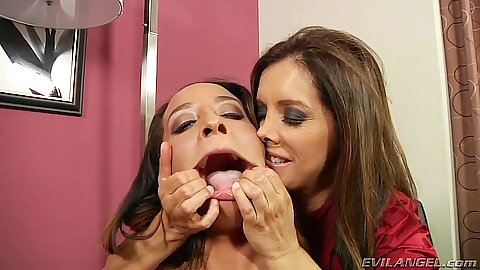 Mouth spreading great facial whore Teanna Trump and Francesca Le