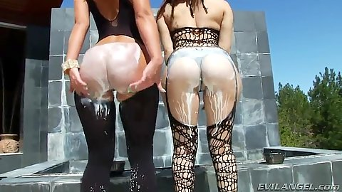 Milk on ass with cream in anus from Gabriella Paltrova and Jada Stevens