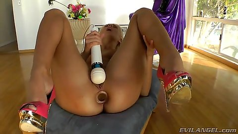 Butty plug and masturbation session